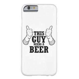 この人はビール-休日のユーモア--を必要とします BARELY THERE iPhone 6 ケース