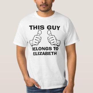 この人は個人化なるために名前を入れるために属します Tシャツ