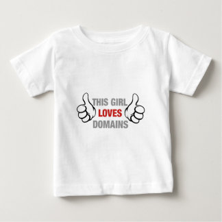 この女の子は範囲を愛します ベビーTシャツ