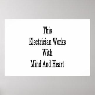 この電気技師は心およびハートを使用します ポスター