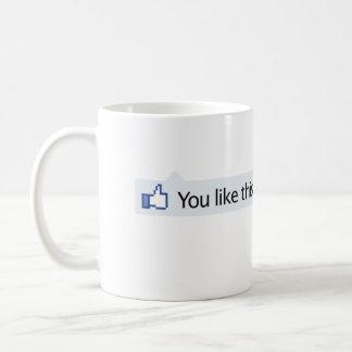 このFacebookの親指を好みます コーヒーマグカップ