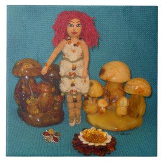 こはく色の妖精の国の人形 タイル