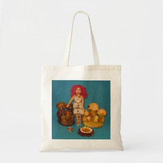 こはく色の妖精の国の人形 トートバッグ