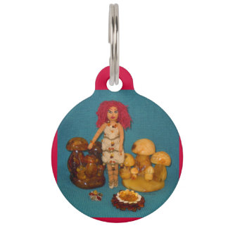 こはく色の妖精の国の人形 ペット ネームタグ