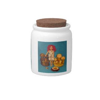 こはく色の妖精の国の人形 陶器製キャンディジャー