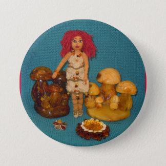 こはく色の妖精の国の人形 7.6CM 丸型バッジ