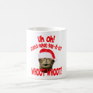 こぶ日のラクダのクリスマスのコーヒー・マグ コーヒーマグカップ