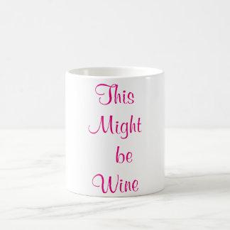 これはワインのコーヒー・マグのピンクのフォントであるかもしれません コーヒーマグカップ
