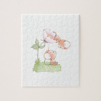 こんにちは花が付いている日光のネズミ ジグソーパズル