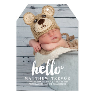 こんにちは のモダンな男の子の赤ん坊の誕生の発表 カード
