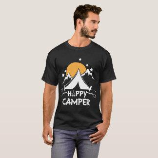 ご機嫌な人のかわいいGlampingのキャンプのTシャツ Tシャツ