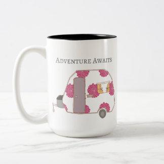 ご機嫌な人-冒険は待ちます ツートーンマグカップ