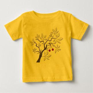 さくらんぼが付いている木 ベビーTシャツ