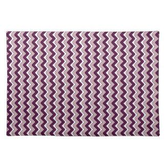 さざ波のシェブロンのクラシックなランチョンマット-紫色 ランチョンマット