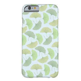 さまよう緑のGingkoのiPhone 6/6sの箱 Barely There iPhone 6 ケース