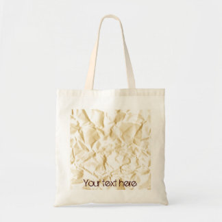 しわにされた紙が付いているバッグ トートバッグ