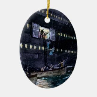 すぐに救命ボートへのRMSの巨大な脱出! セラミックオーナメント