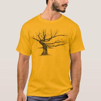 すごく古い木: 鉛筆の現実主義の芸術 Tシャツ