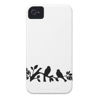 すずめの鳥のシルエットのiPhoneの場合の皮4S Case-Mate iPhone 4 ケース