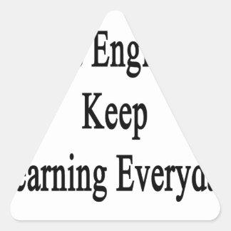 すばらしいエンジニアは学ぶことを毎日保ちます 三角形シール