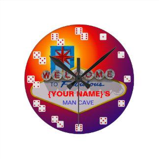 すばらしいベガスのスタイルのサイコロへの歓迎は時計に番号を付けます ラウンド壁時計