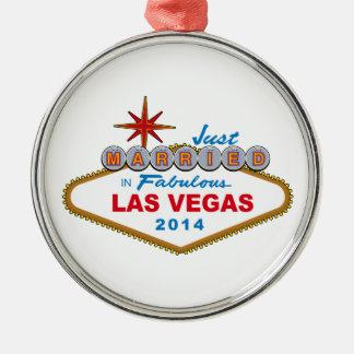 すばらしいラスベガス2014年(印)のたった今結婚しました メタルオーナメント