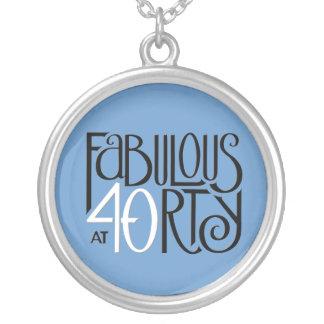 すばらしい40の白黒の青い円形のネックレス シルバープレートネックレス