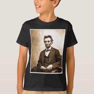 すばらしいEmancipator Abeリンカーン(1865年) Tシャツ