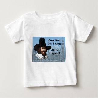 すべてが許される人Fawkesはもどって来ます ベビーTシャツ