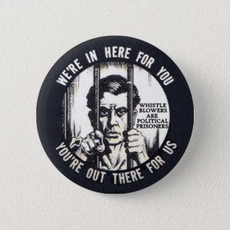 すべての告発者は政治犯です 缶バッジ