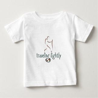 すべての年齢のためのWanderlustのTシャツ ベビーTシャツ