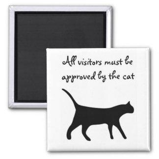 すべての訪問者は猫の磁石によって承認されなければなりません! マグネット