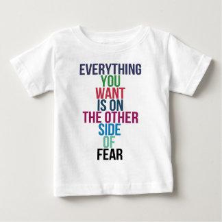 すべて恐れの反対側にWantあります ベビーTシャツ