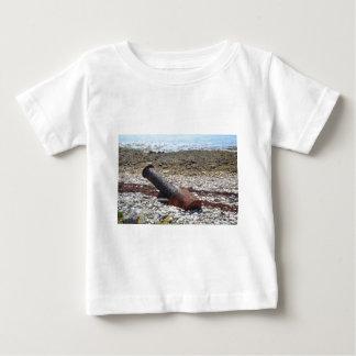 すべて残っている ベビーTシャツ