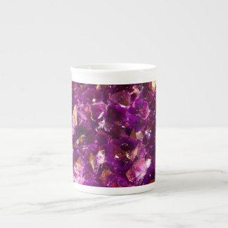 すみれ色の石造りのマグ ティーカップ