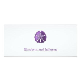 すみれ色の砂ドルのモダンの結婚式招待状 カード