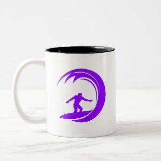 すみれ色の紫色のサーファー ツートーンマグカップ