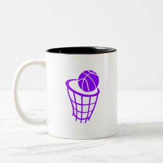 すみれ色の紫色のバスケットボール ツートーンマグカップ