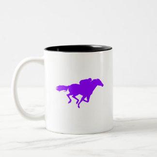 すみれ色の紫色の競馬 ツートーンマグカップ