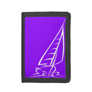 すみれ色の紫色の航行