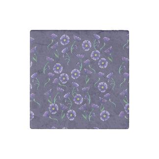 すみれ色の紫色の花 ストーンマグネット