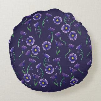 すみれ色の紫色の花 ラウンドクッション