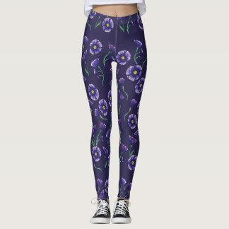 すみれ色の紫色の花 レギンス
