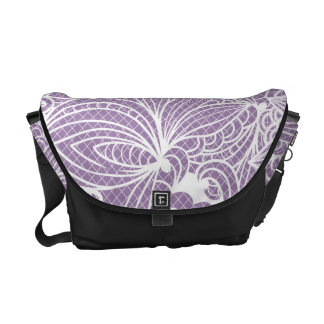 すみれ色の花の芸術 メッセンジャーバッグ