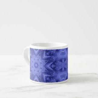 すみれ色の青いフロスト エスプレッソカップ