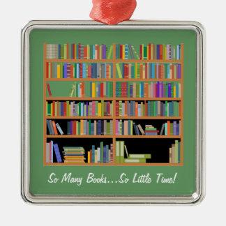 そう多くの本(カスタマイズ可能な) シルバーカラー正方形オーナメント