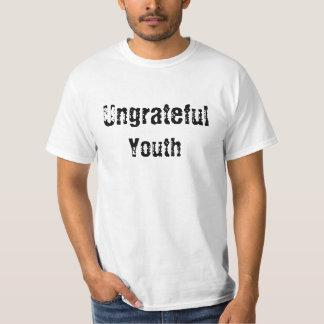 """そう涼しくない"""" Tシャツではない恩知らずの青年"""" Tシャツ"""