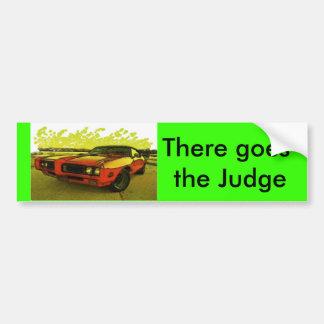 そこに裁判官行きます バンパーステッカー