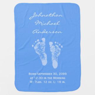 その男の子の青色児の足跡の誕生の発表 ベビー ブランケット