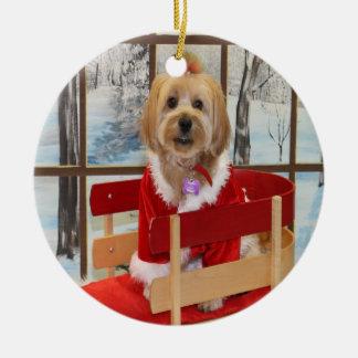 そりのオーナメントのクリスマスのシーズー(犬)のTzuのトイドッグ セラミックオーナメント